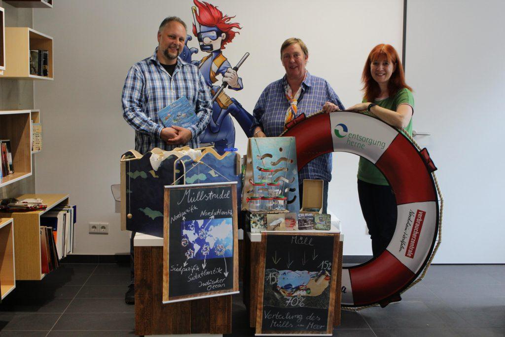 Sascha Regmann (Project Blue Sea), Barbara Nickel (Entsorgung Herne), Silke Gerstler (Verbraucherzentrale Herne)